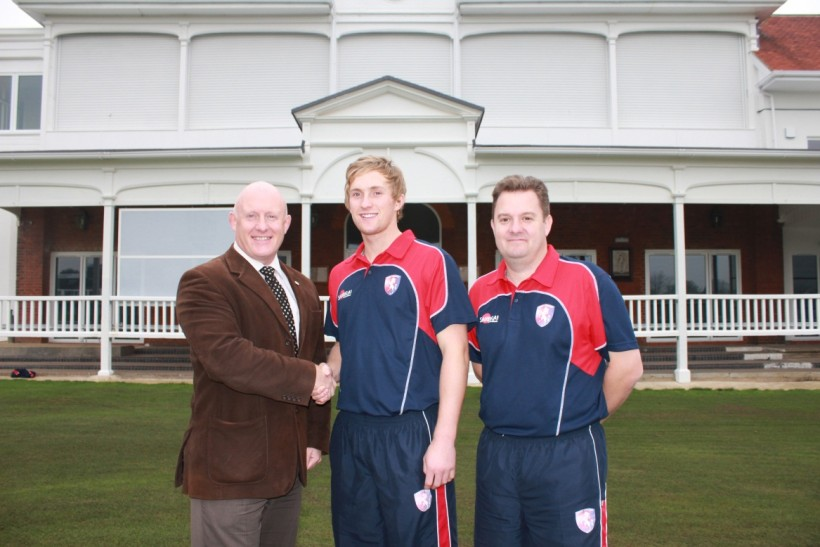 Adam Ball receives scholarship from Kent Cricket Academy and the University of Kent
