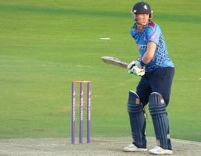 Kent Spitfires fight hard to beat Durham