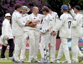 Kent victorious over Middlesex in LV=CC