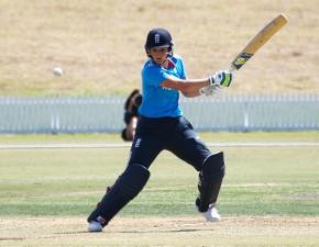 England women beat New Zealand to level series