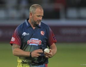 Darren Stevens wicket helps Victorians reach BPL playoffs