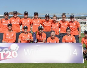 England Women win clean sweep in Natwest IT20 series v South Africa