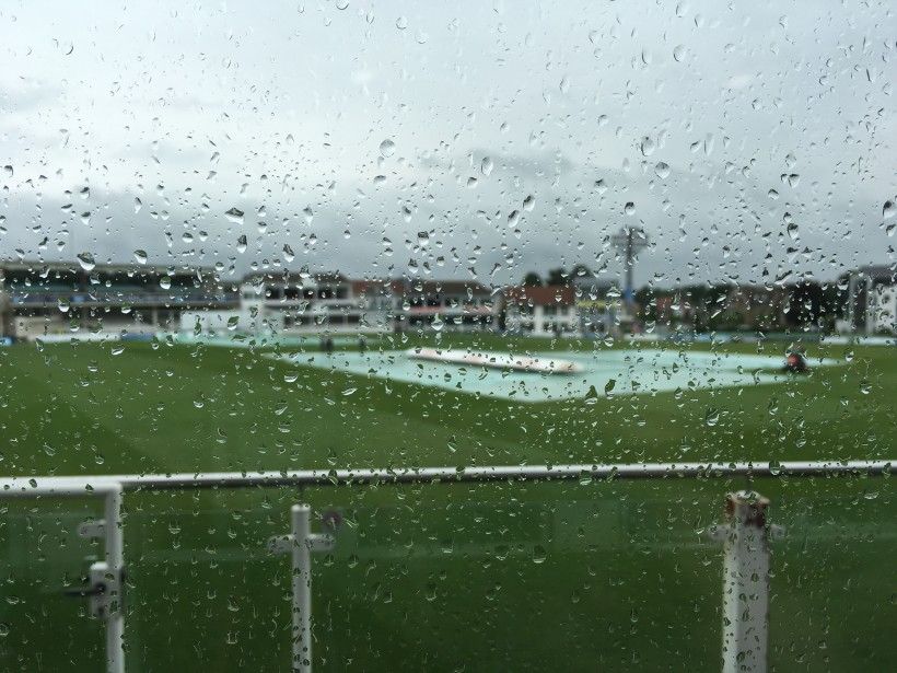 Rain claims Day One vs. Somerset