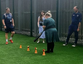 Kent Cricket proves a big hit for Maidstone hospital patients