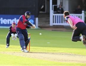 Kent Spitfires outgun Middlesex in home match thriller