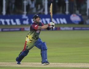 Stevens gives masterclass as Spitfires smash Surrey at Kia Oval