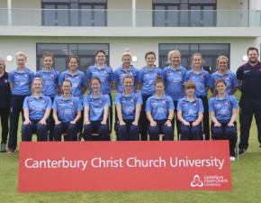 Tammy Beaumont hits fine 67 as Kent Women win at Warwickshire